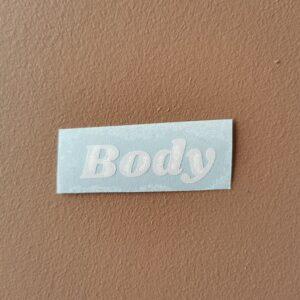 body hvit label
